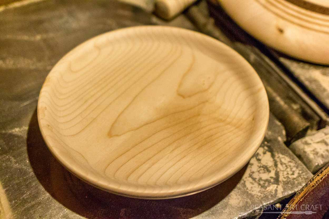 Turning Wooden Plates